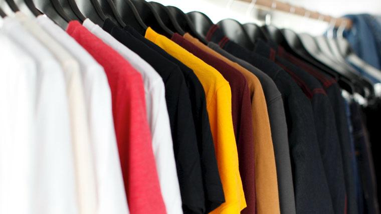 ハウスダンスの服装衣装について。いろんな色のシャツ
